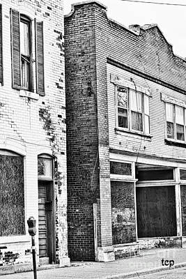 Photograph - Niagara Buildings Bw by Traci Cottingham