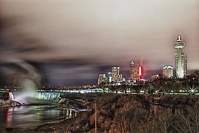 Craig Brown Photograph - Niagara Falls by Craig Brown