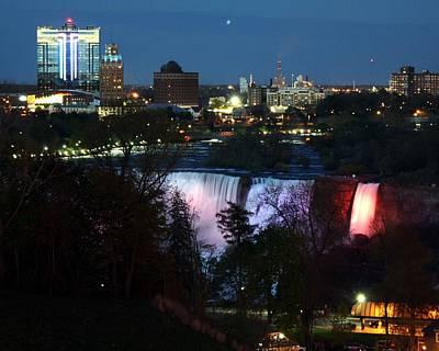 Niagara Falls Ny At Night Art Print by David Gilman
