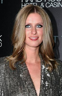 Mora Photograph - Nicky Hilton At Arrivals For Nicky by Everett