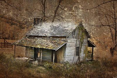 Photograph - North Carolina Farmhouse by Gray  Artus