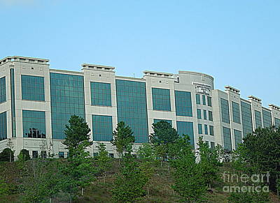 Photograph - Northside Alpharetta Medical Campus by Renee Trenholm