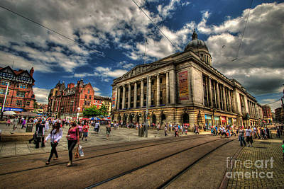 Photograph - Nottingham Town Hall by Yhun Suarez