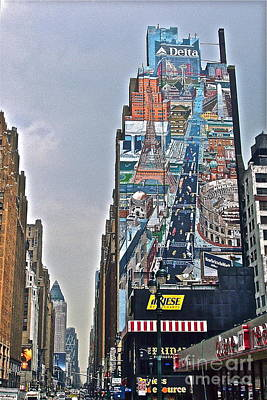 Photograph - Nyc Mural by Carol  Bradley