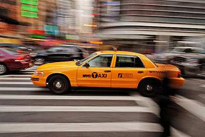 Fast Taxi Photograph - Nyc Taxi by Benjamin Matthijs