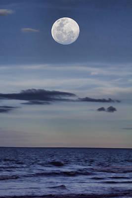 Ocean Moon Art Print by Douglas Barnard