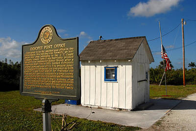 Sign In Florida Photograph - Ochopee Post Office by David Lee Thompson