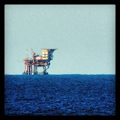 Still Life Wall Art - Photograph - Oil Rig by Chi ha paura del buio NextSolarStorm Project