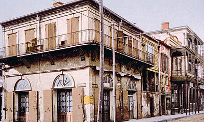 Old Absinthe House In New Orleans Print by Everett