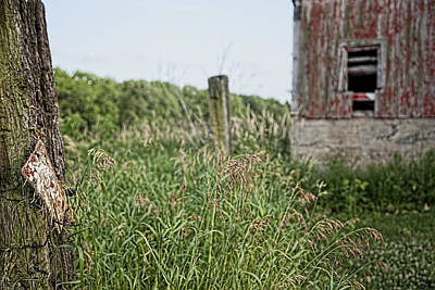 Photograph - Old Barn 15 by John Crothers