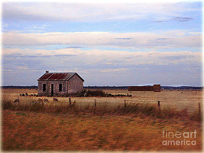 Photograph - Old Barn by Eena Bo