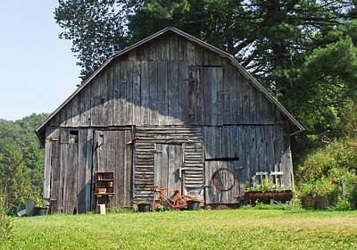 Photograph - Old Barn South Of Brevard by Duane McCullough