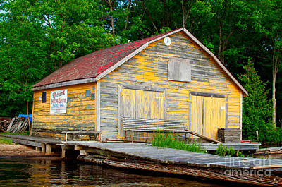Art Print featuring the photograph Old Cabin by Les Palenik