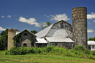 Photograph - Old Dairy Barn 2 by Lara Ellis