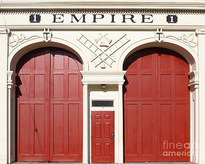 Photograph - Old Empire Fire House Number One . San Jose California . 7d13016 by Wingsdomain Art and Photography