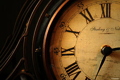 Photograph - Old Fashioned Mantle Clock by Sarah Broadmeadow-Thomas