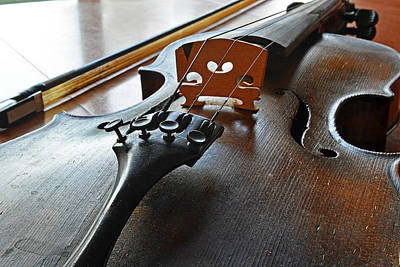 Photograph - Old Fiddle And Bow Still Life by Bill Owen
