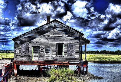 Sullivans Island Sc Photograph - Old Fishing Shack by Dave Sandt