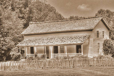 Photograph - Old House In The Cove by Barry Jones