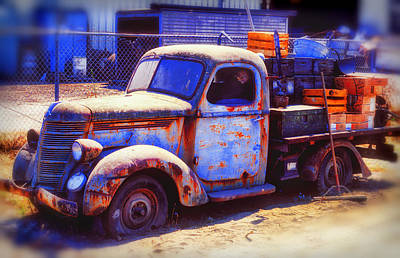 Old Junk Truck Art Print by Garry Gay