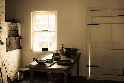 Photograph - Old Kitchen by Emanuel Tanjala