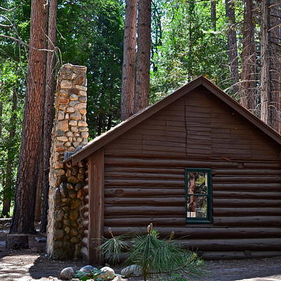 Photograph - Old Log Cabin Visitor Center by Kirsten Giving