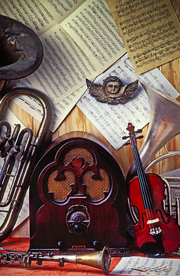 Photograph - Old Radio And Music Instruments by Garry Gay