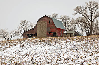 Print featuring the photograph Old Red Barn by Edward Peterson