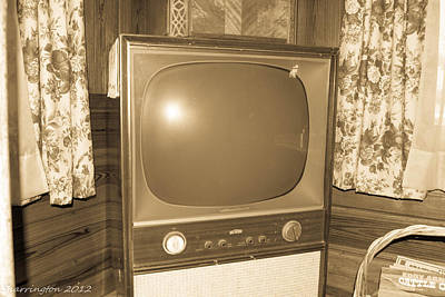 Photograph - Old Television by Shannon Harrington