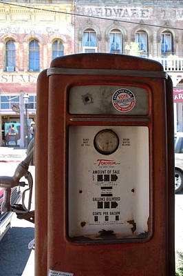 Rusty Photograph - Old Time Fuel Pump Virginia City Nv by LeeAnn McLaneGoetz McLaneGoetzStudioLLCcom