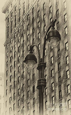 Photograph - Old Tyme Ny by Vicki DeVico