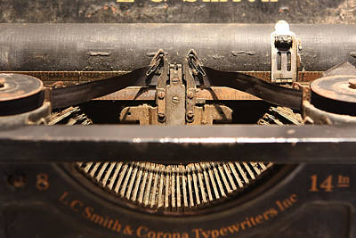 Typewriter Keys Photograph - Old Typer by David Paul Murray
