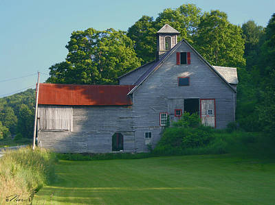 Photograph - Old Vermont Barn by Nancy Griswold