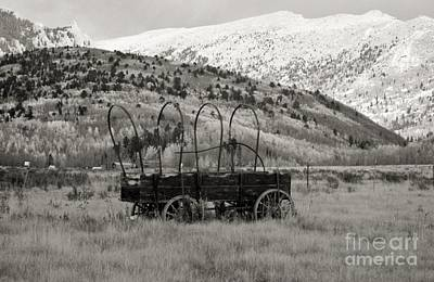 Photograph - Old Wagon by Ellen Heaverlo