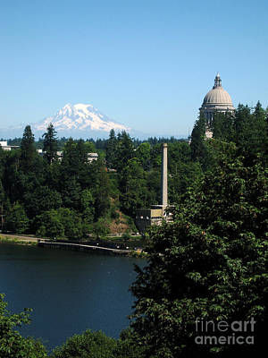 Photograph - Olympia Wa Capitol And Mt Rainier by Phyllis Kaltenbach