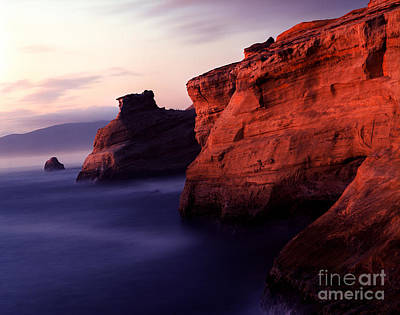 Photograph - Oregon - Cape Kiwanda 1 by Terry Elniski