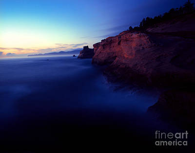 Photograph - Oregon - Cape Kiwanda 2 by Terry Elniski