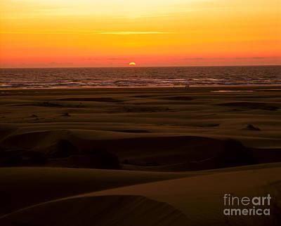 Photograph - Oregon - Florence Sand Dunes Sunset by Terry Elniski