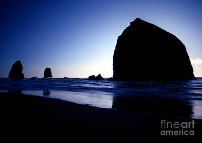 Photograph - Oregon - Haystack Rock 3 by Terry Elniski