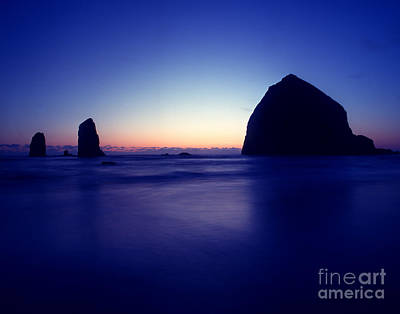 Photograph - Oregon - Haystack Rock by Terry Elniski