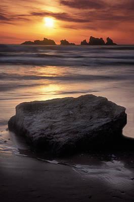 Oregon Sunset Art Print by Dave Mills