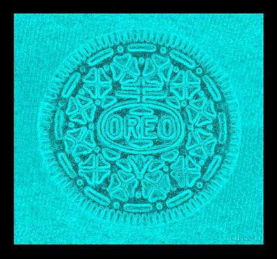 Photograph - Oreo In Turquoise by Rob Hans