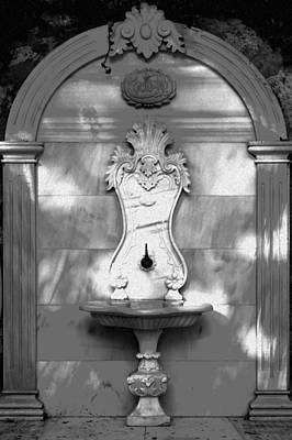 Decorative Sinks Photograph - Ornate Outdoor Sink by Kantilal Patel