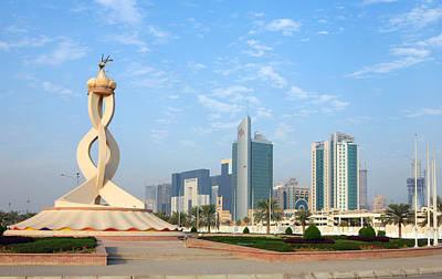 Oryx Roundabout In Qatar Art Print by Paul Cowan