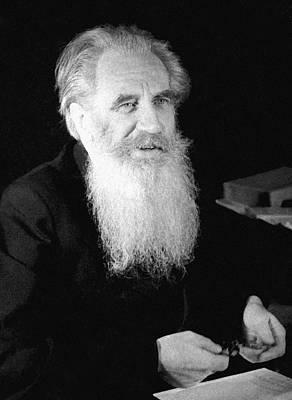 Schmidt Photograph - Otto Schmidt, Soviet Geophysicist by Ria Novosti