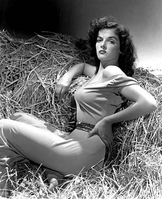 Outlaw, Jane Russell, Photo By George Art Print by Everett