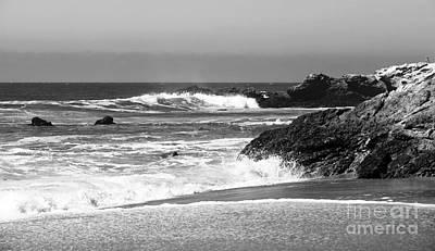 Photograph - Pacific Invite by John Rizzuto