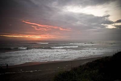 Pacific Ocean Sunset Art Print by Richard Adams