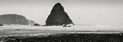 Photograph - Pacific Whitewash by Kevin Munro