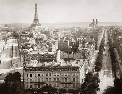 Photograph - Paris: Aerial View, 1900 by Granger